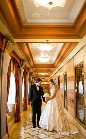 Disney Cruise Wedding.Disney Cruise Line Wedding Spotlight Katy Chris Disney Weddings