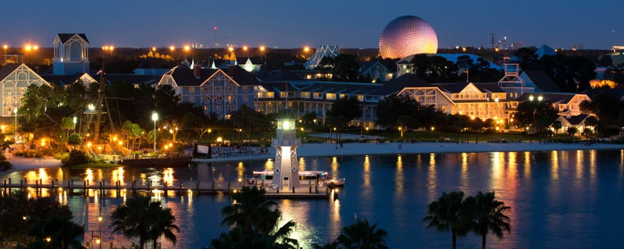 Disney S Beach Club Resort And Crescent Lake At Night